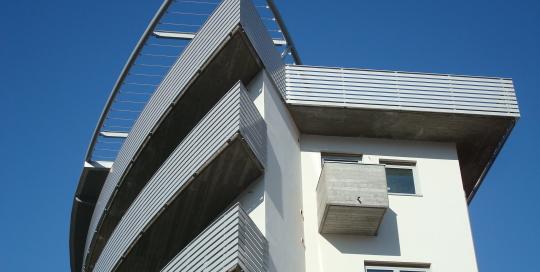 Ringhiere e parapetti in acciaio condominio LE VELE - Belluno