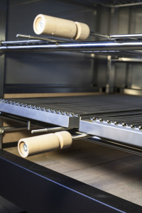 tecmagrill - churraschera professionale - camera combustione con mattoni refrattari e griglia 1° livello